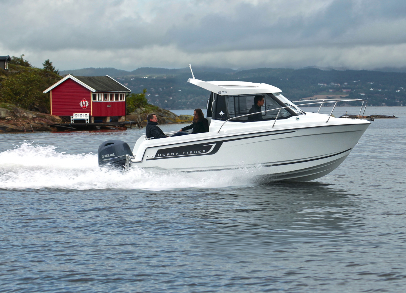 Jeanneau Merry Fisher 605 Motor Boat - Sea Ventures